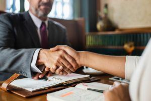 Какие сделки с недвижимостью теперь не требуют нотариального заверения?