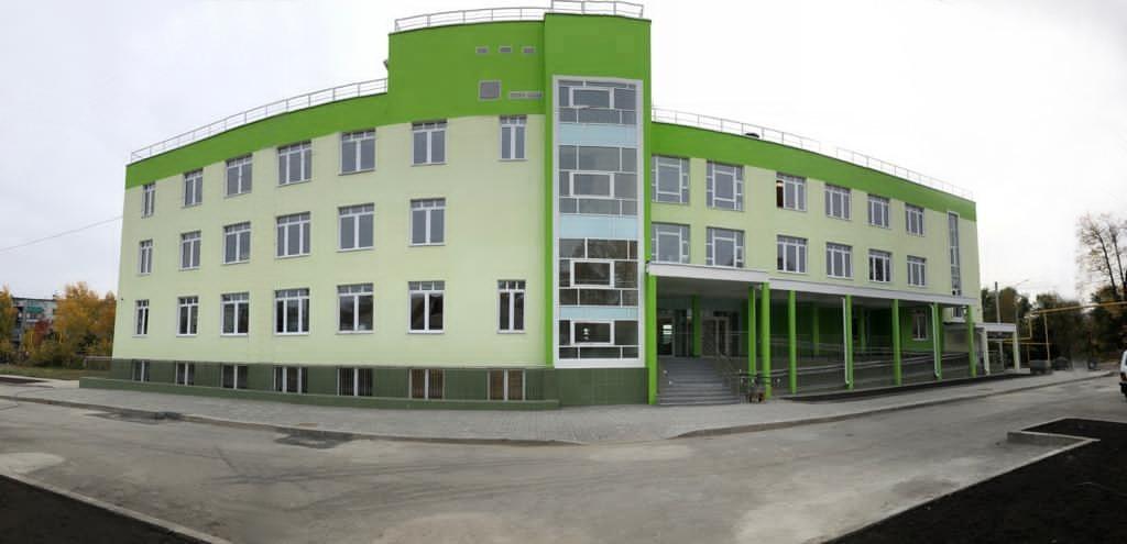 Большую детскую поликлинику с лифтами и столовой достроили в Сызрани