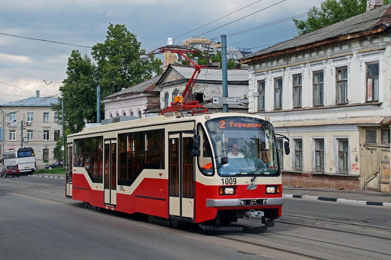 Ночной трамвай начал курсировать по городскому кольцу в Нижнем Новгороде